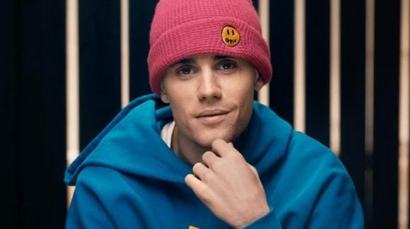 Ο Justin Bieber αποκαλύπτει ότι πάσχει από τη Νόσο του Lyme